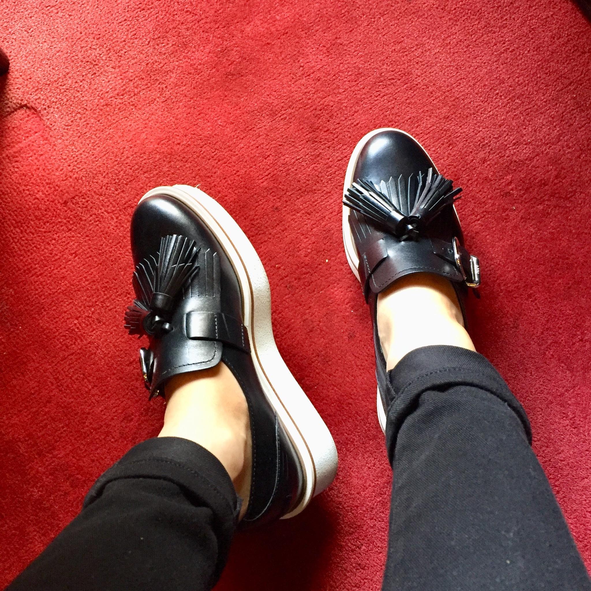スニーカー以上フラットシューズ未満の靴はコレ!!_1_3