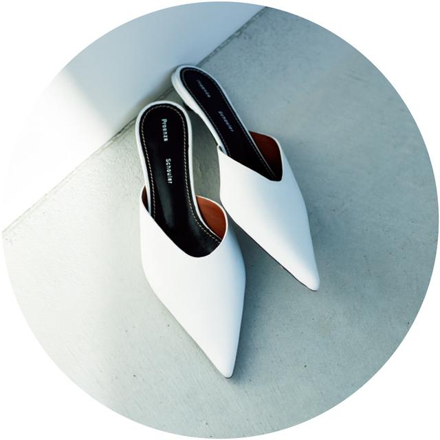 靴(H2)¥69,000/カオス新宿(プロエンザ スクーラー)