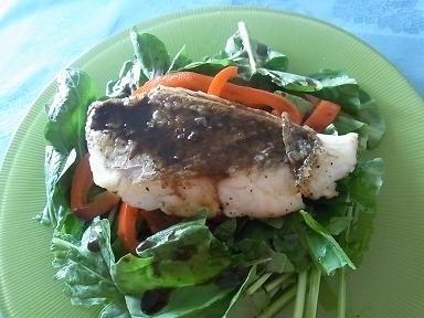 サラダ感覚でいただく、ローストパプリカと白身魚のソテーレシピ_1_1