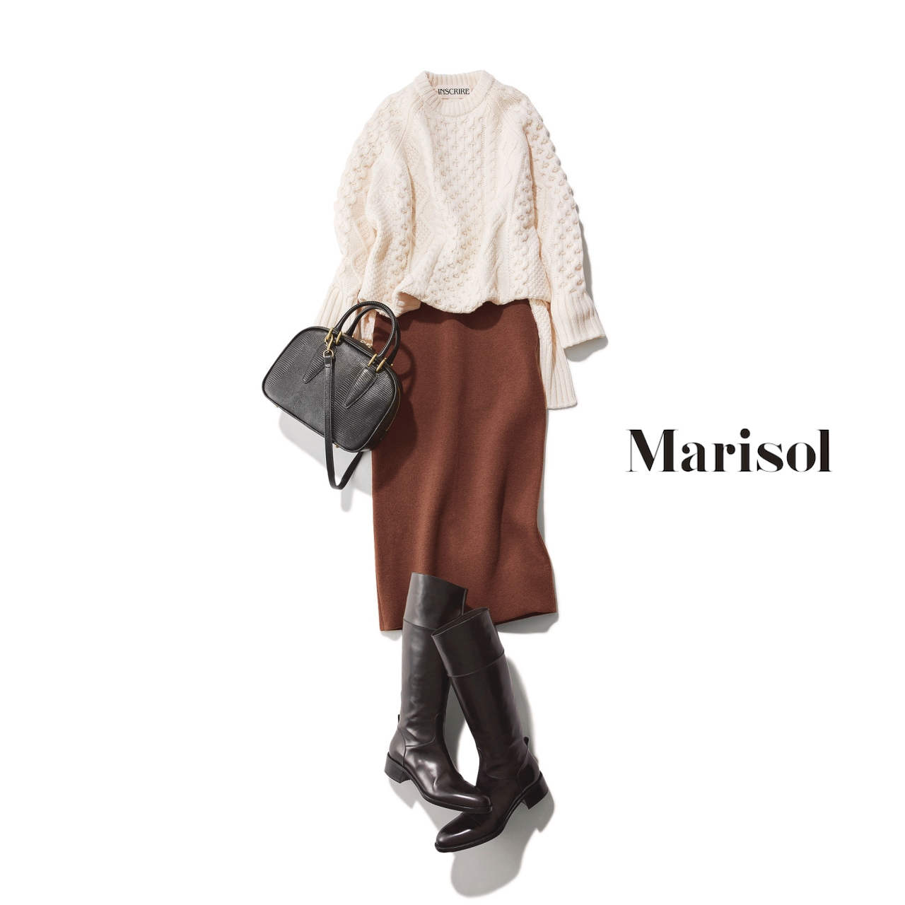 40代ファッション 白ニット×ブラウンニットスカート×ブーツコーデ