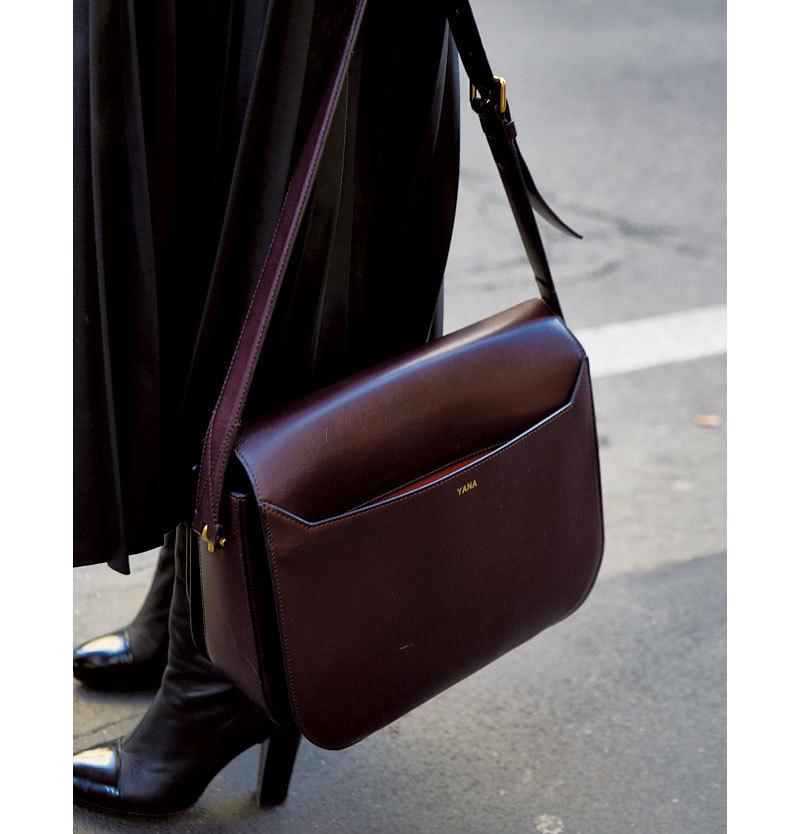 着こなしの格上げは 「クラシックバッグ」に おまかせ【ファッションSNAP ミラノ・パリ編】_1_1-4
