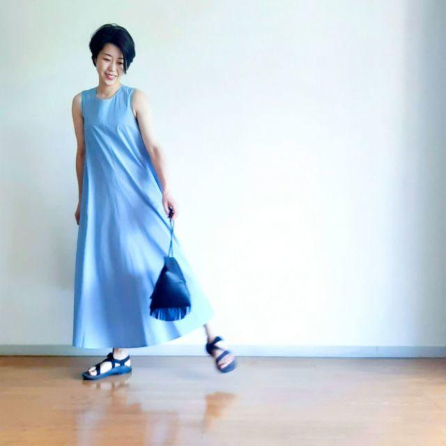 【夏に映えるブルーコーデまとめ】アラフォーが上品かつこなれて見えるコーデのポイントとは? |40代ファッション_1_17