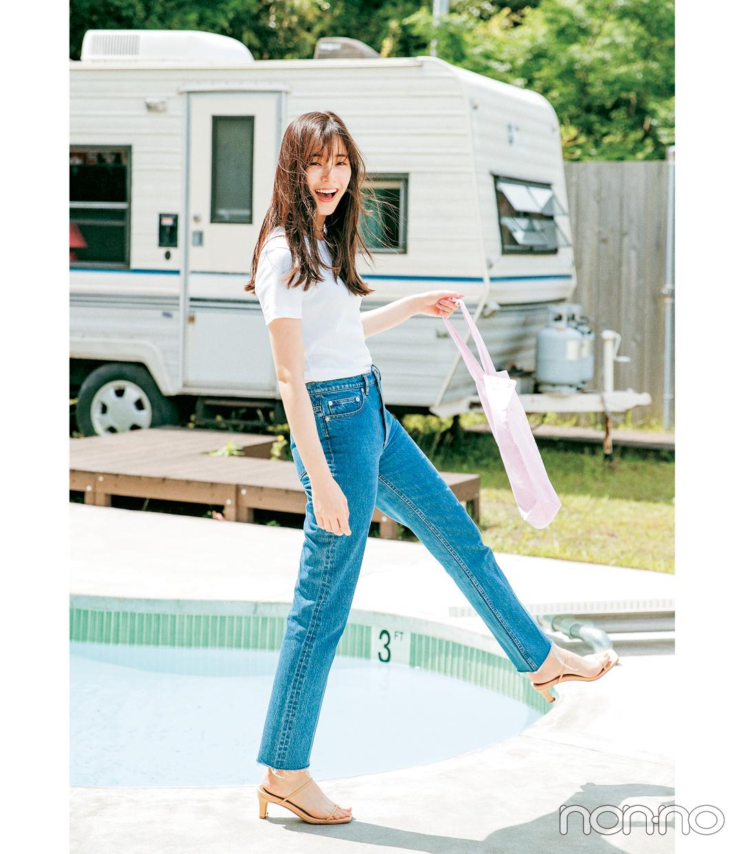 新木優子のTシャツを可愛く着こなす方法のコーデ1-2