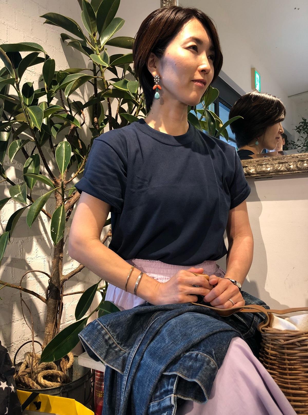 HanesメンズのTシャツとふんわりスカートでワンツーコーデ♪_1_2-1