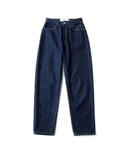 カービーな体型でも履けるデニムを探して!噂のデニムを履き比べてみました_1_4-1
