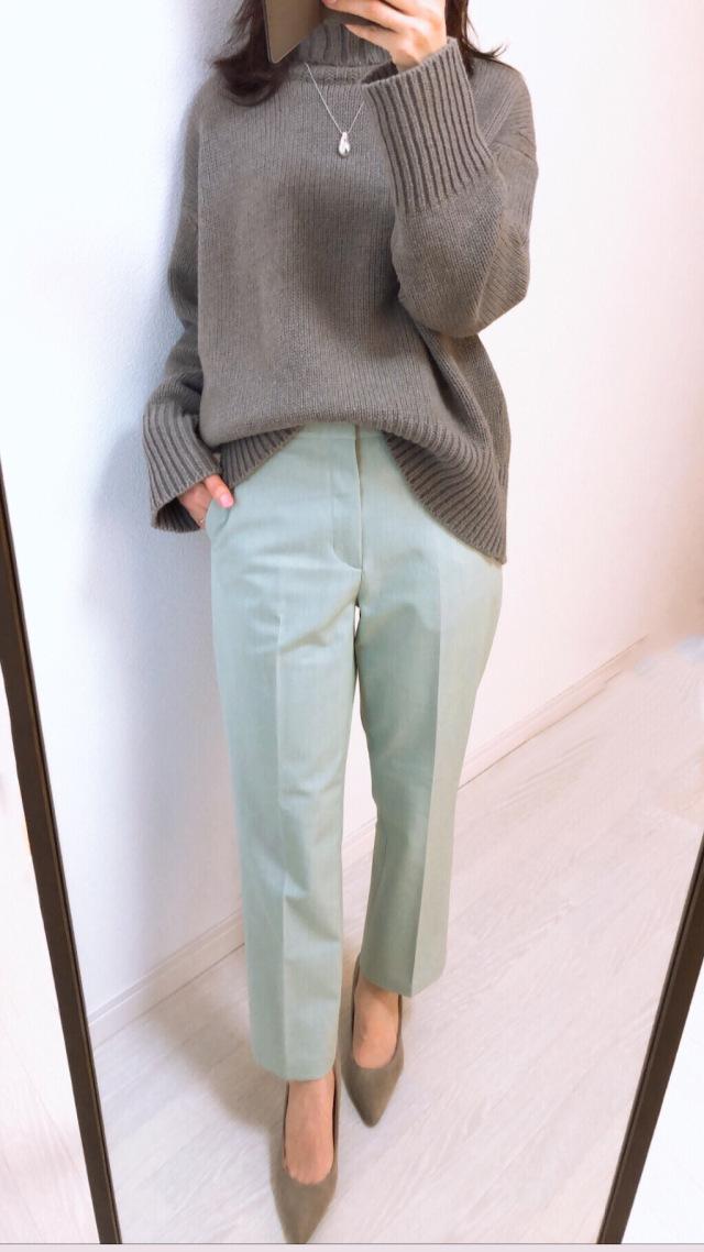 ユニクロの春色パンツ【tomomiyuの毎日コーデ】_1_2