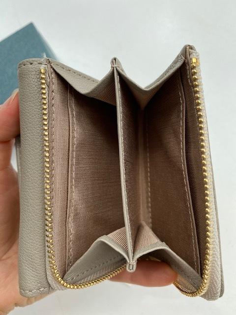 サイズもお値段も可愛い機能的なミニ財布_1_4