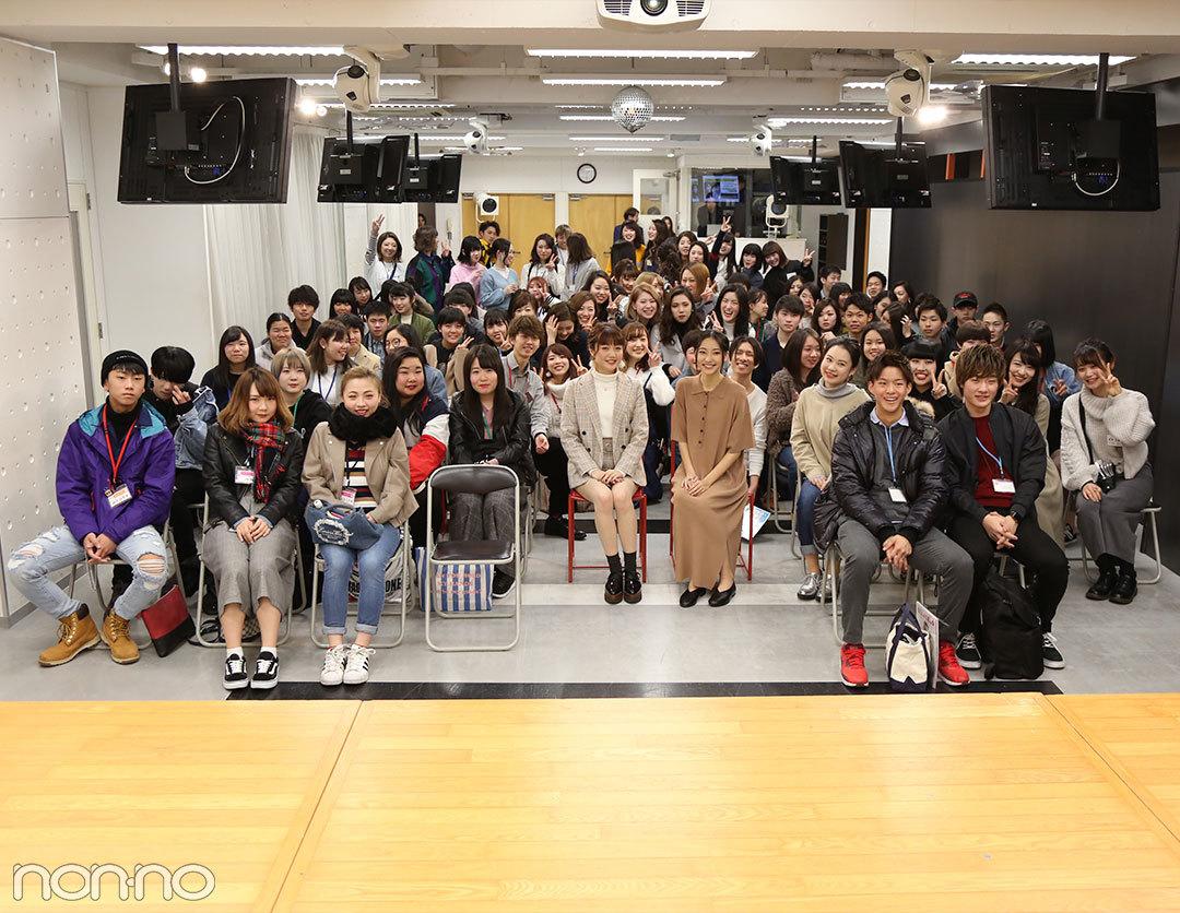武田玲奈と松川菜々花がベルェベル美容専門学校のオープンキャンパスでトークショーを開催!_1_4