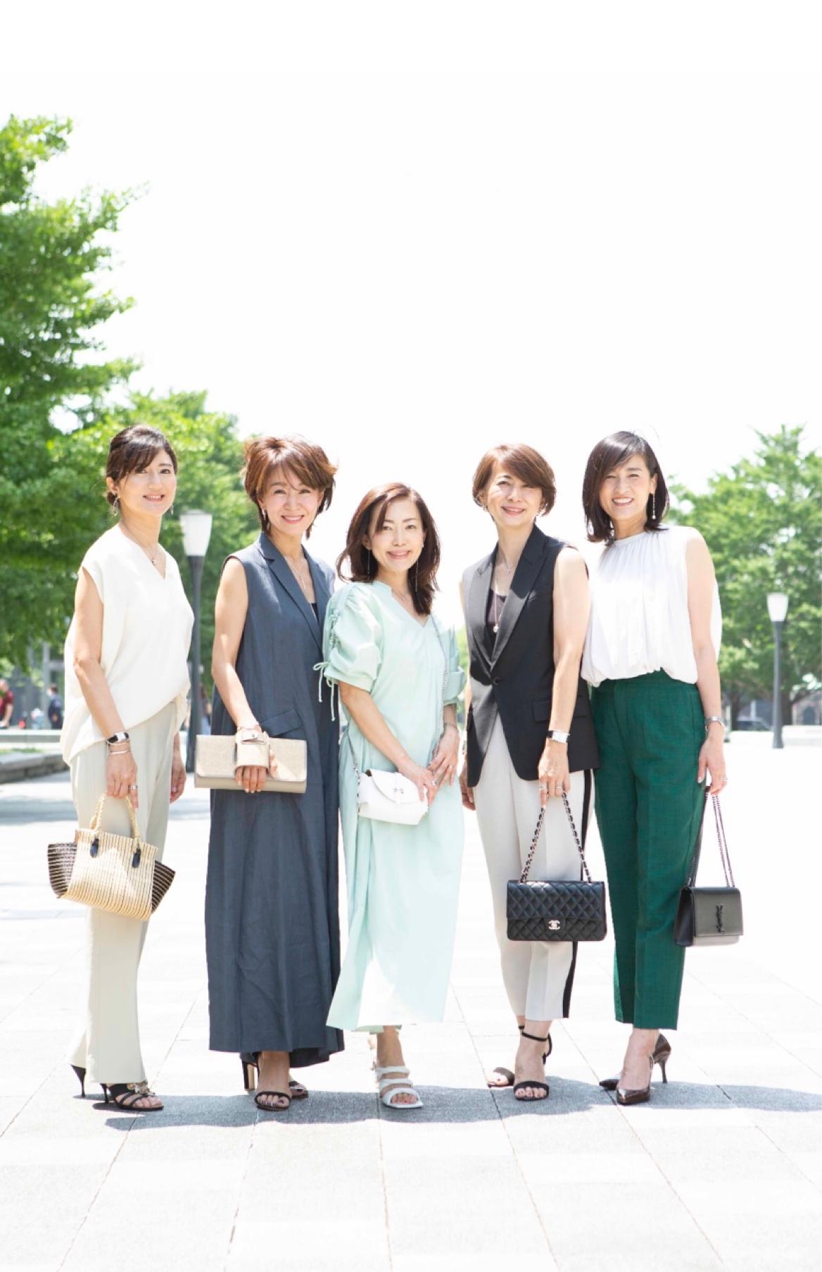 「女友達と会う日のコーデ」がテーマ。撮影ショット&オフショット。_1_3