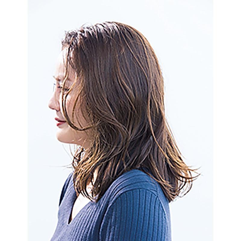 横から見た 人気ミディアムヘアスタイル7位の髪型