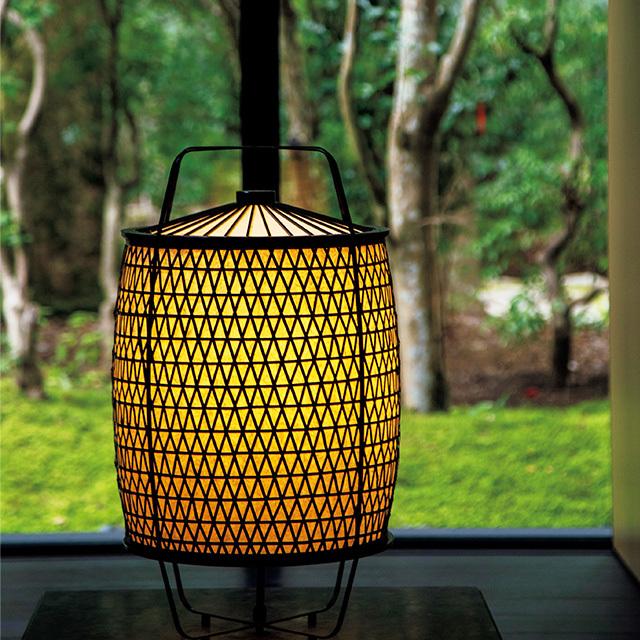すべての照明や家具はアマン京都オリジナルの特注品