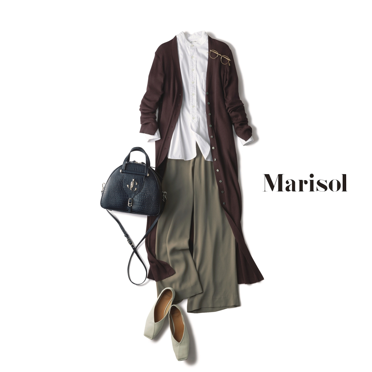 40代ファッション 白シャツ×カーキワイドパンツ×ブラウンロングカーディガンコーデ