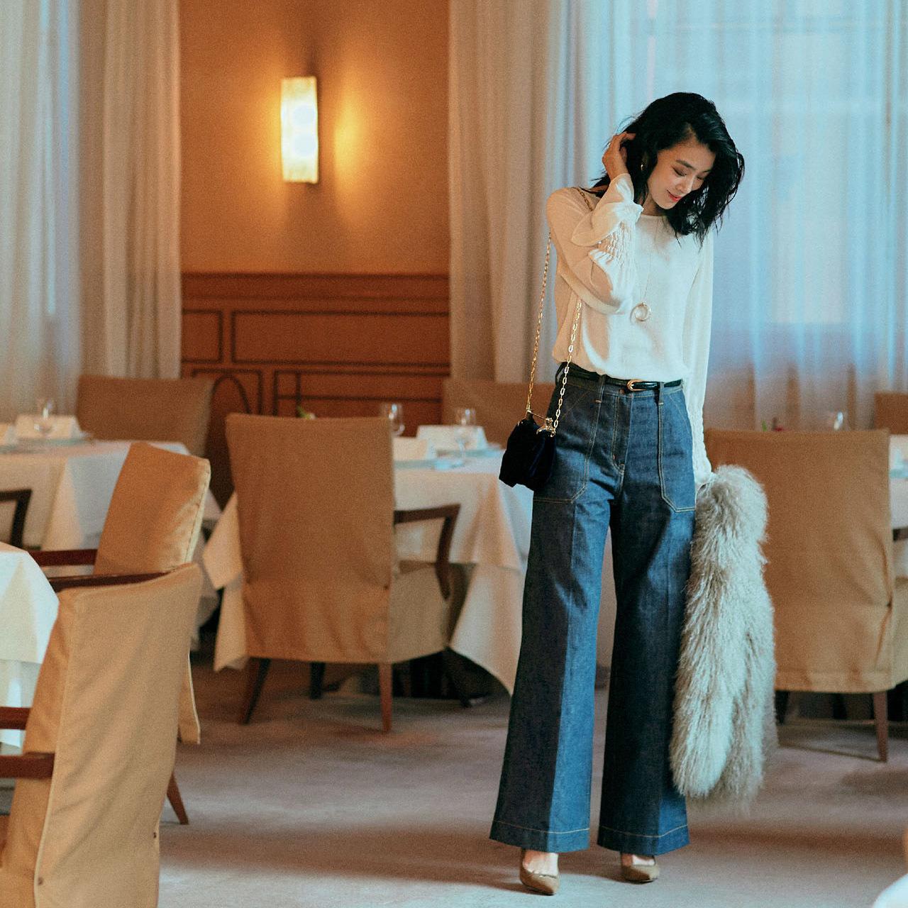 品格小物と美脚靴でワンランク上の装い、今夜はデニムでレストラン 五選