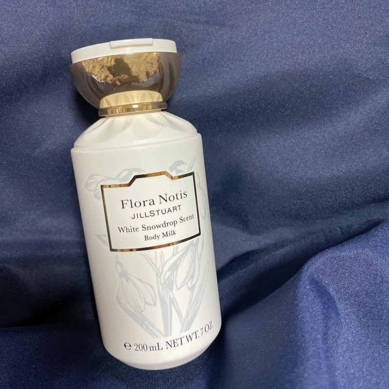 フローラノーティス ジルスチュアートのホリデーコレクションのボディミルク