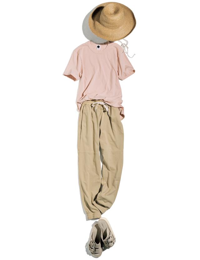 ベイシークのTシャツとジャージートラックパンツコーデ