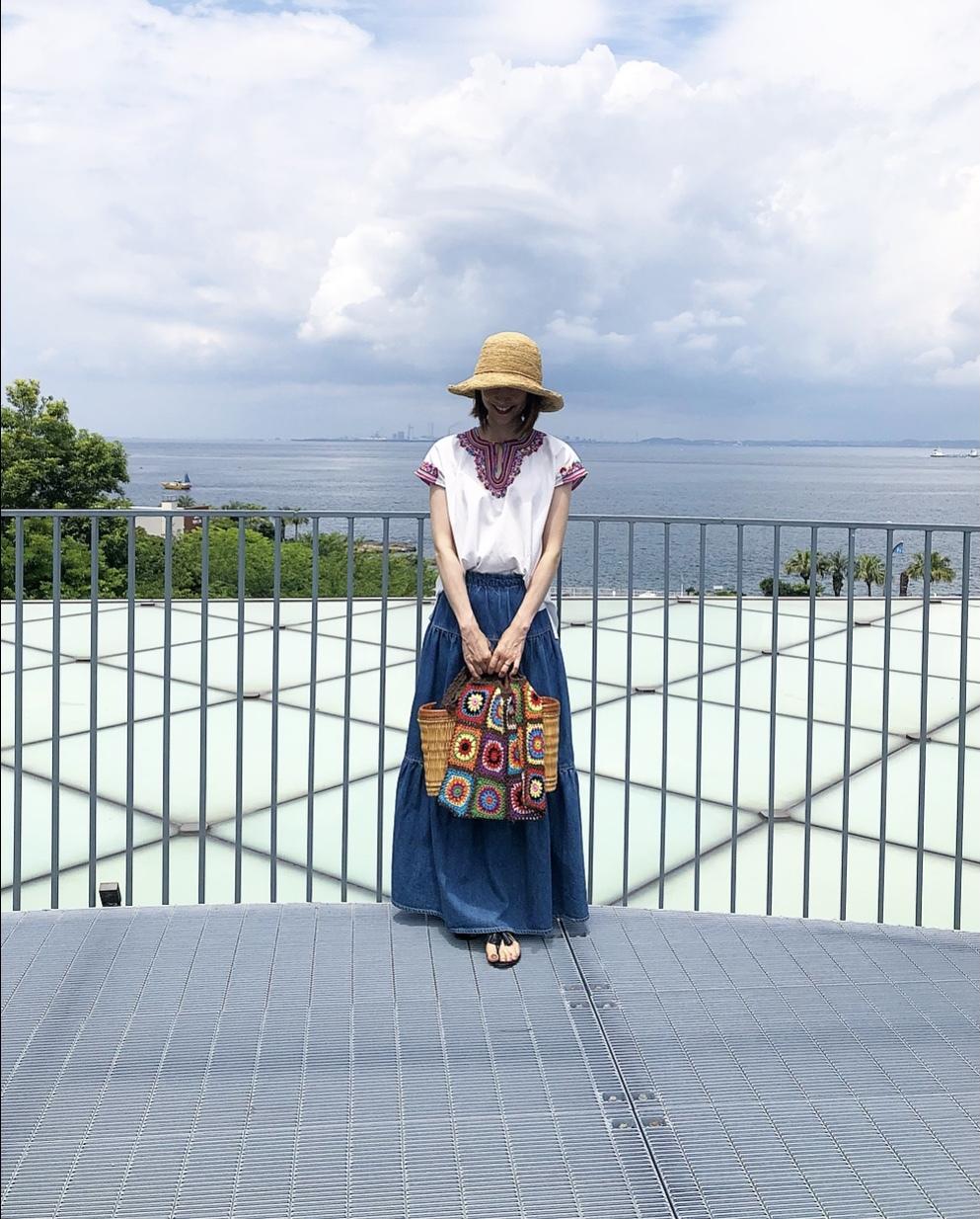 刺繍トップスで、横須賀美術館「糸の世界」へ♩_1_9