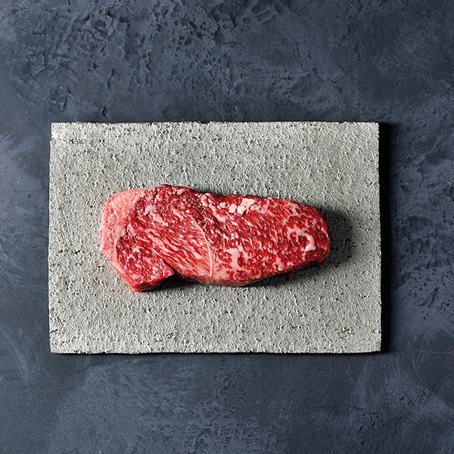 黒毛和牛熟成肉(ロース)ステーキ用 200g ¥4,000