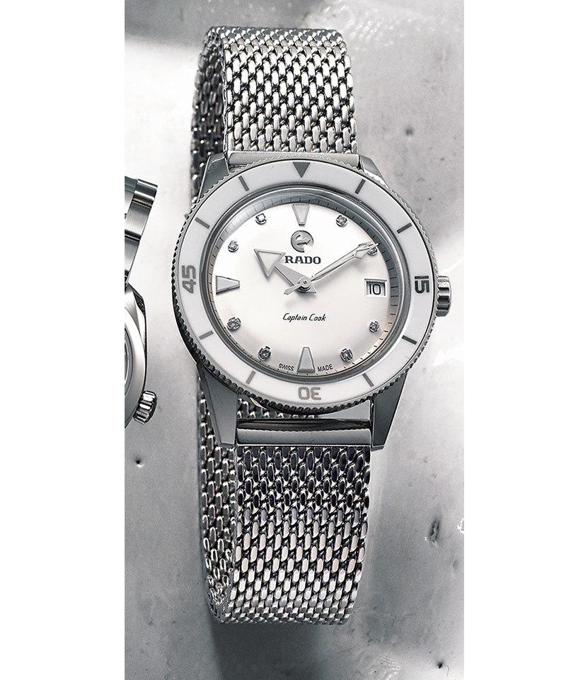 コストパフォーマンスも優秀!しなやかに腕に沿うブレスレットタイプの時計_1_1-1