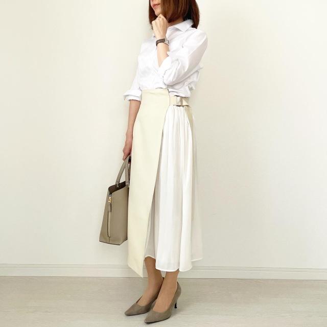 白シャツ×異素材mixスカートできれいめスタイル【tomomiyuコーデ】_1_3