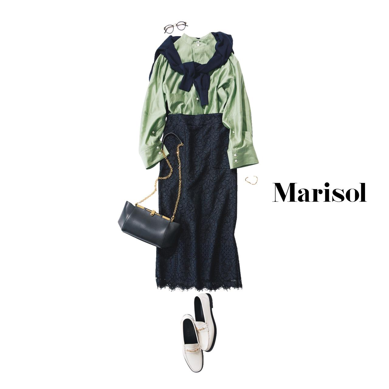 40代ファッション グリーンシャツ×ネイビースカートコーデ
