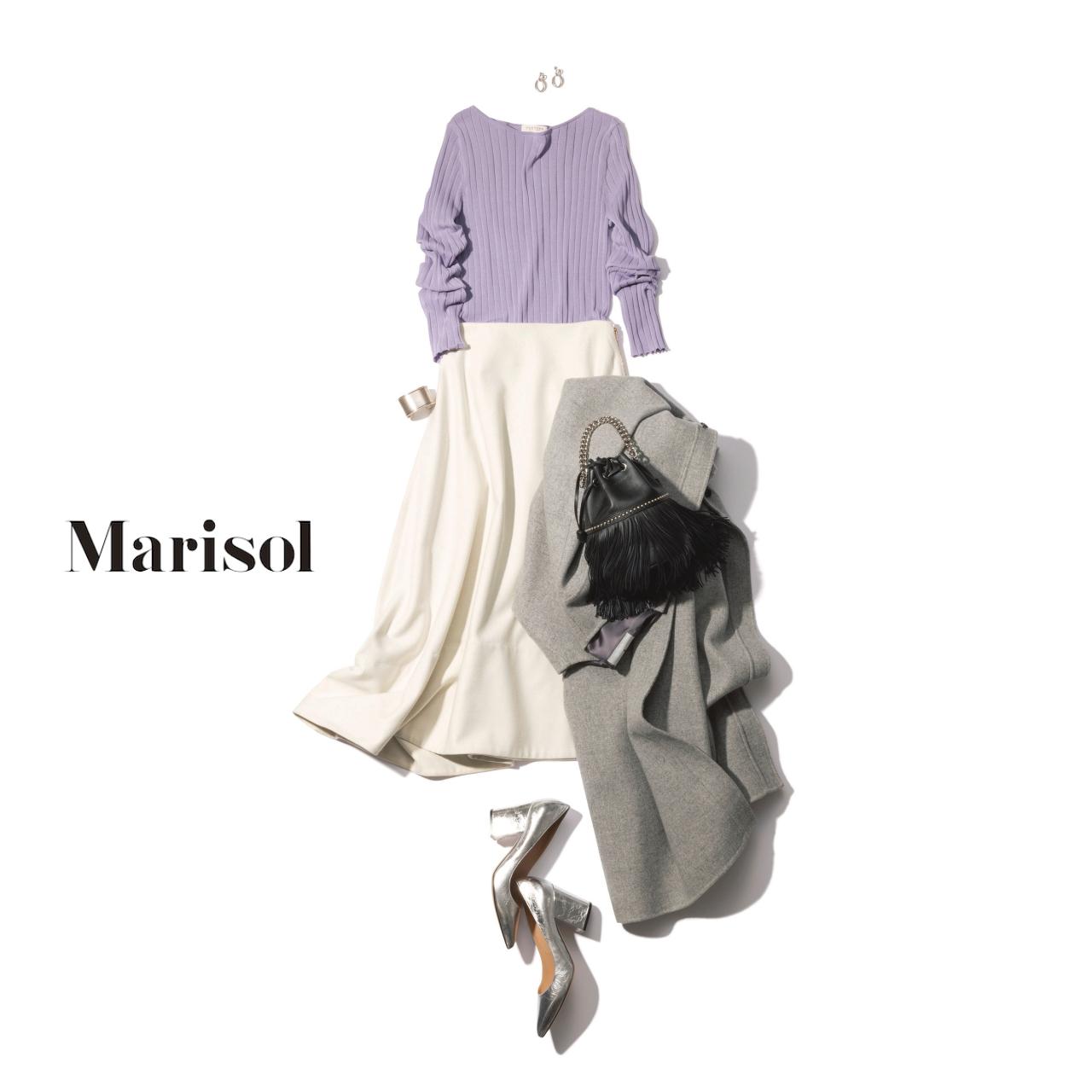 40代ファッション ラベンダーニット×白フレアスカートコーデ