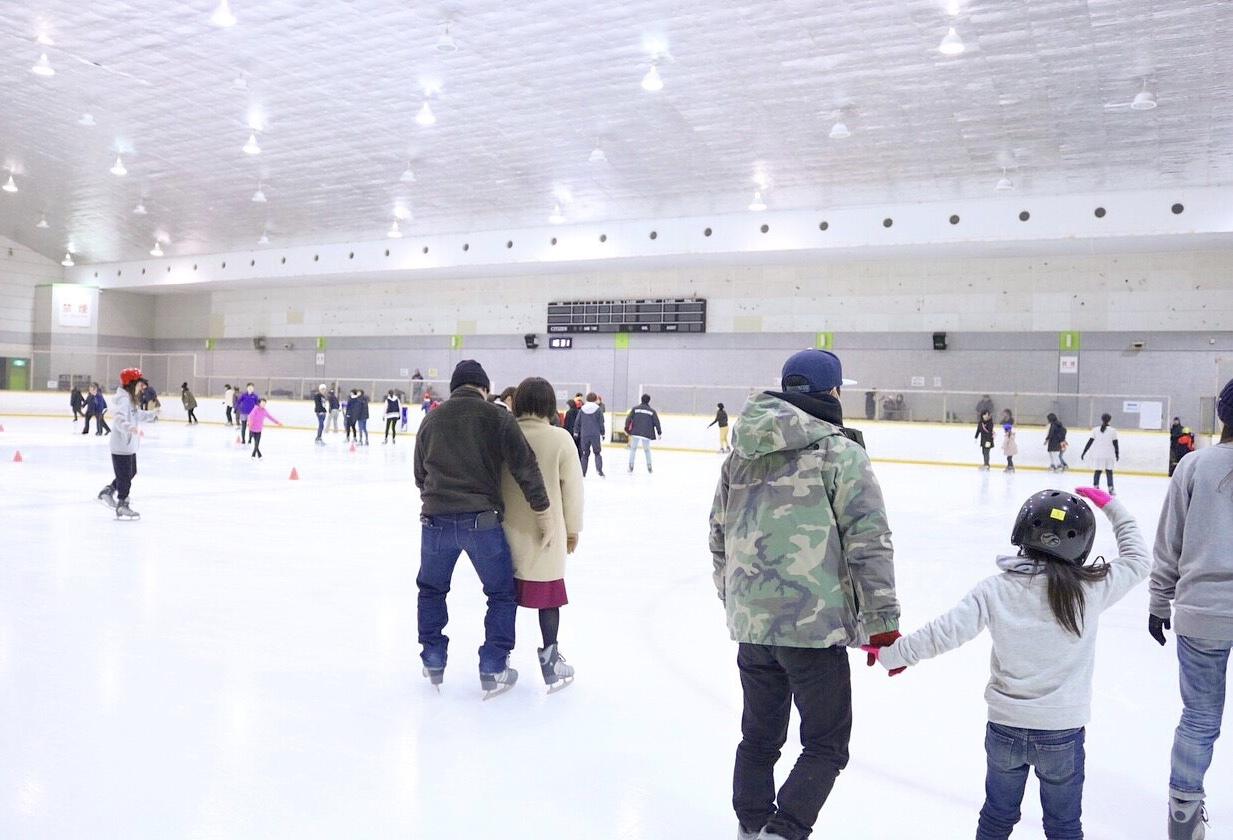 冬のアクティブデートにアイススケート♡_1_2