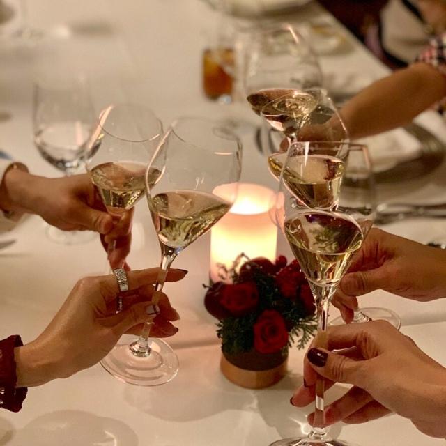 美女組メンバー集合!は、夜景が綺麗で美味しいレストラン!_1_2-2