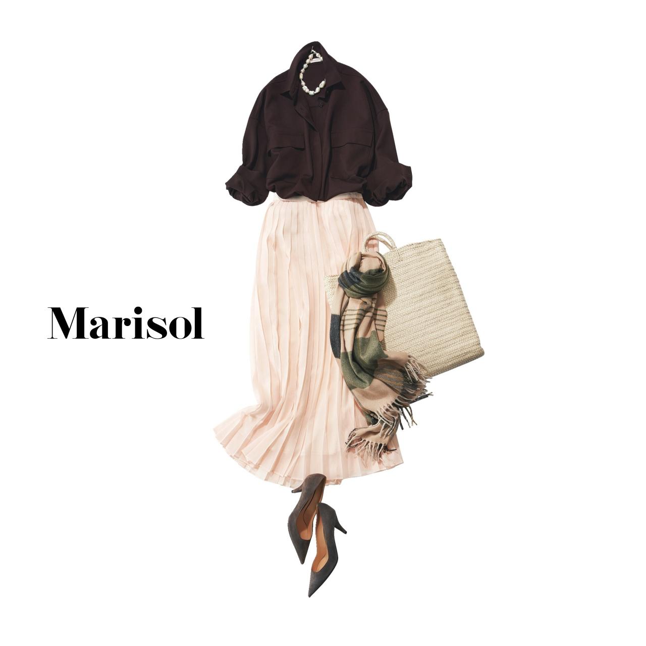 40代ファッション ブラウス×プリーツスカート×パンプスコーデ