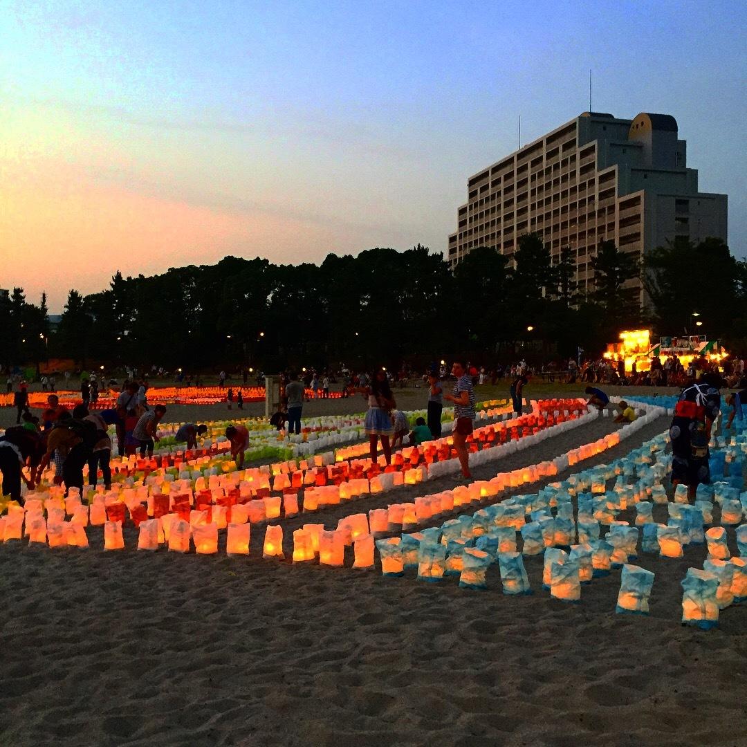 今年の浴衣はじめは夕日とランタン!海の灯まつり_1_1-2