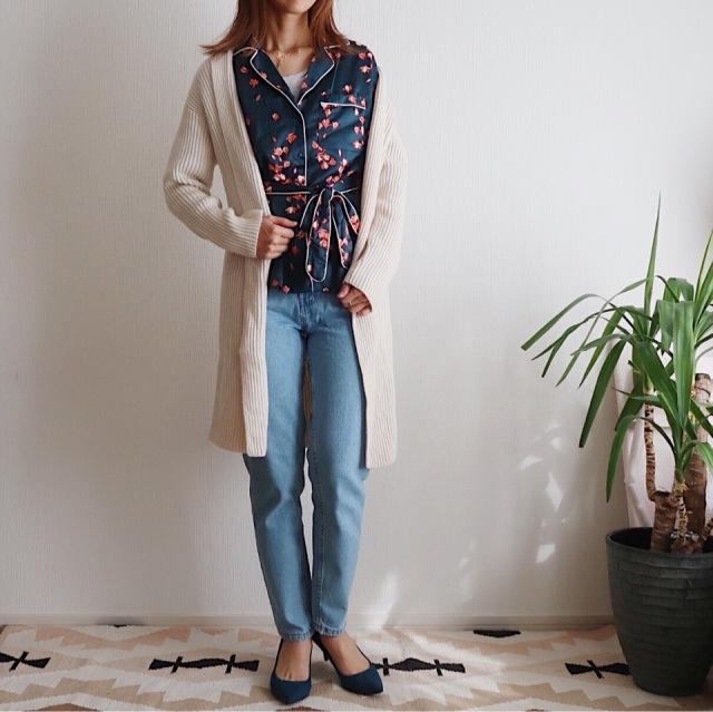 キャリー気分の一点投入服!H&Mパジャマ風サテンシャツで春はじめ_1_3