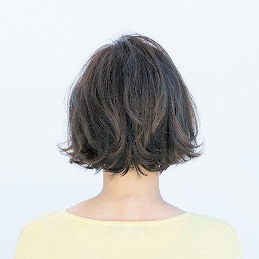 毛先に表面に。パーマの使い分けで、軽やかでも膨らみを抑えた大人ボブヘア【40代のボブヘア】_1_1-3
