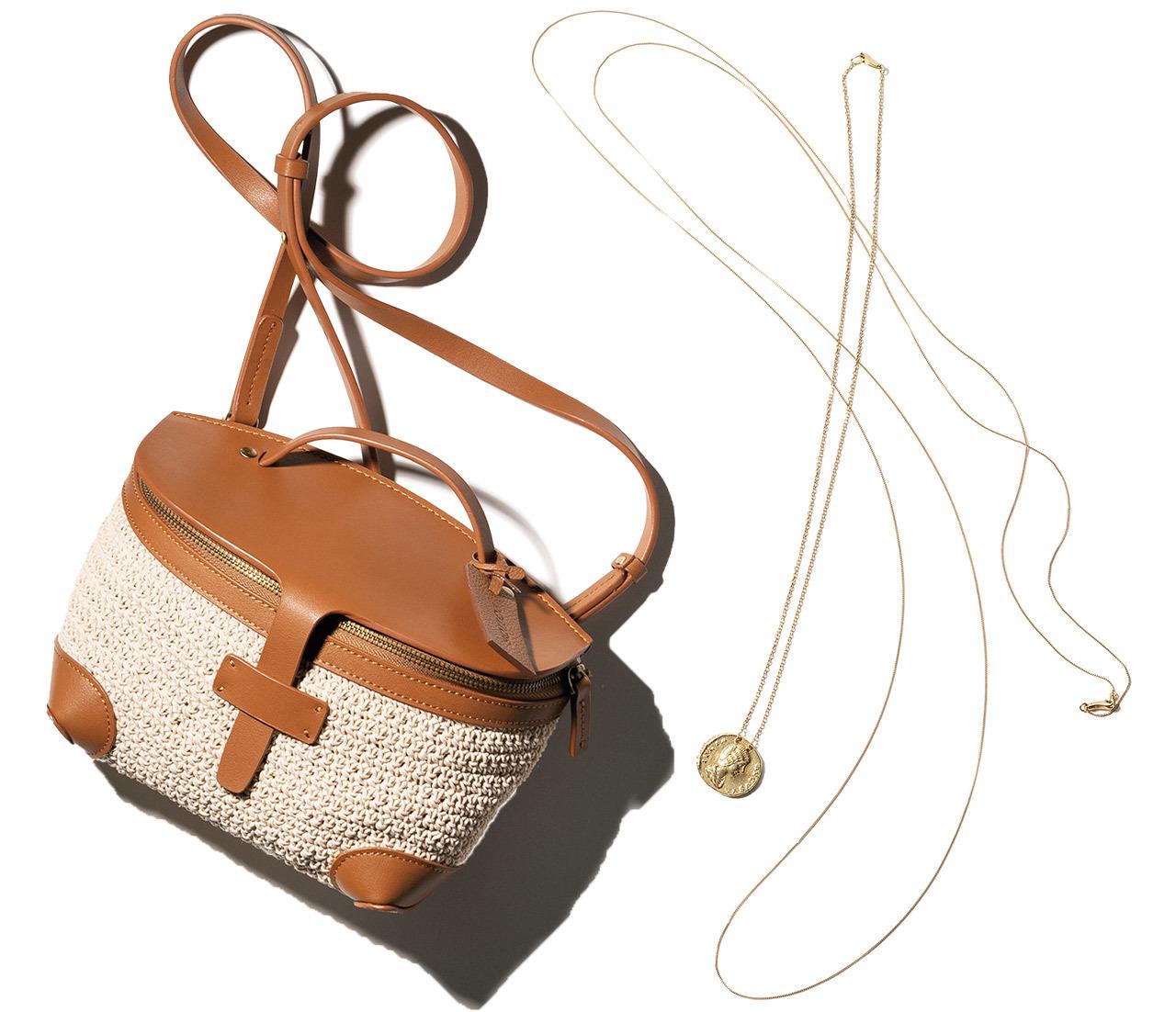 磯部のコインネックレス、三尋木のひとくせバッグ