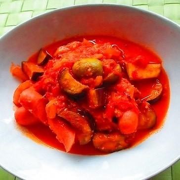 ピリ辛がやみつき!ソーセージのトマト煮レシピで免疫力アップ_1_1