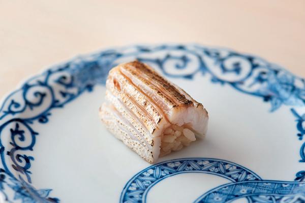食後には風情ある街並みを楽しめる! 富山湾の魚が評判の『鮨 木場谷』_1_1-1