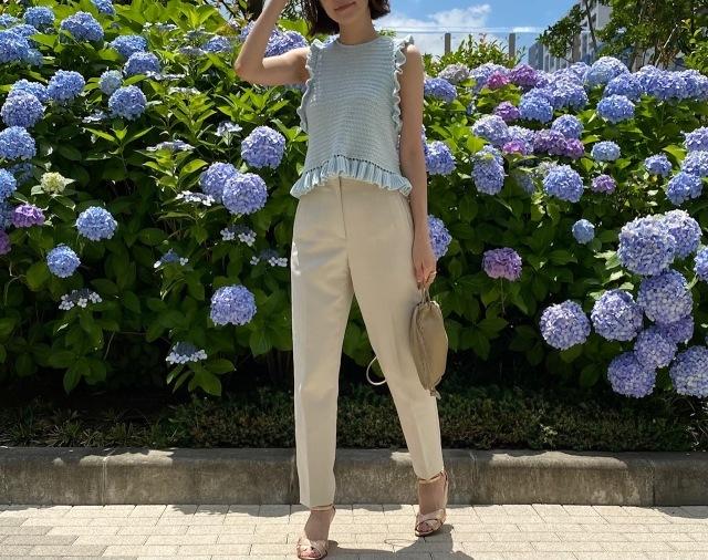 【夏に映えるブルーコーデまとめ】アラフォーが上品かつこなれて見えるコーデのポイントとは? |40代ファッション_1_19