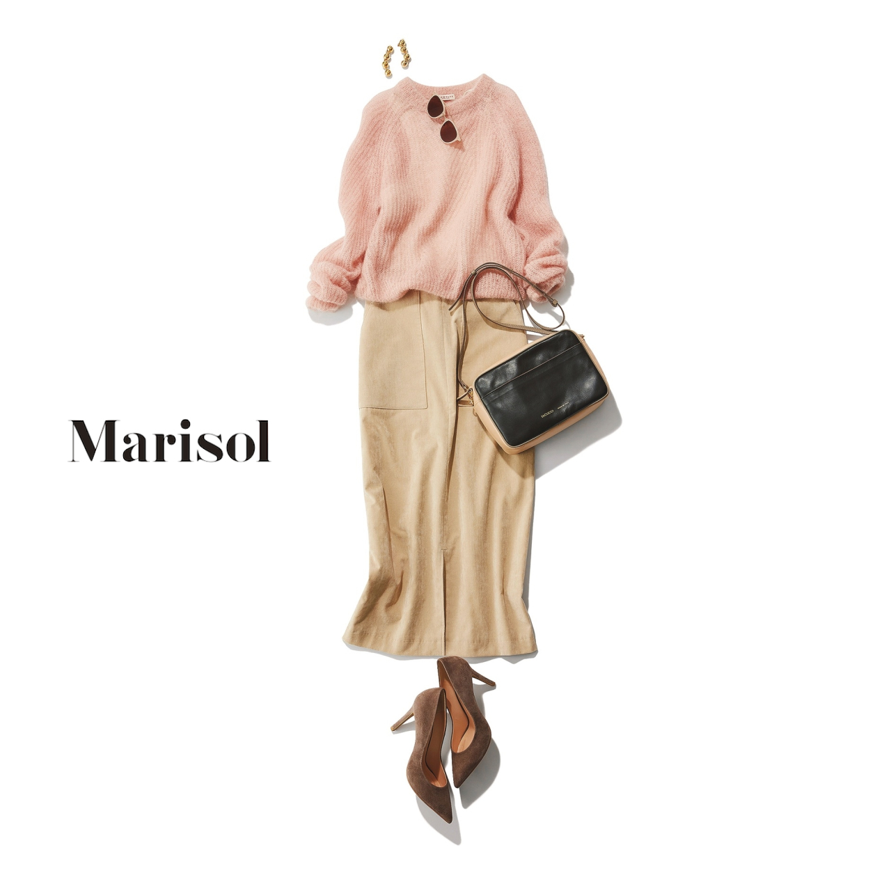 40代ファッション ピンクニット×ベージュスカートコーデ