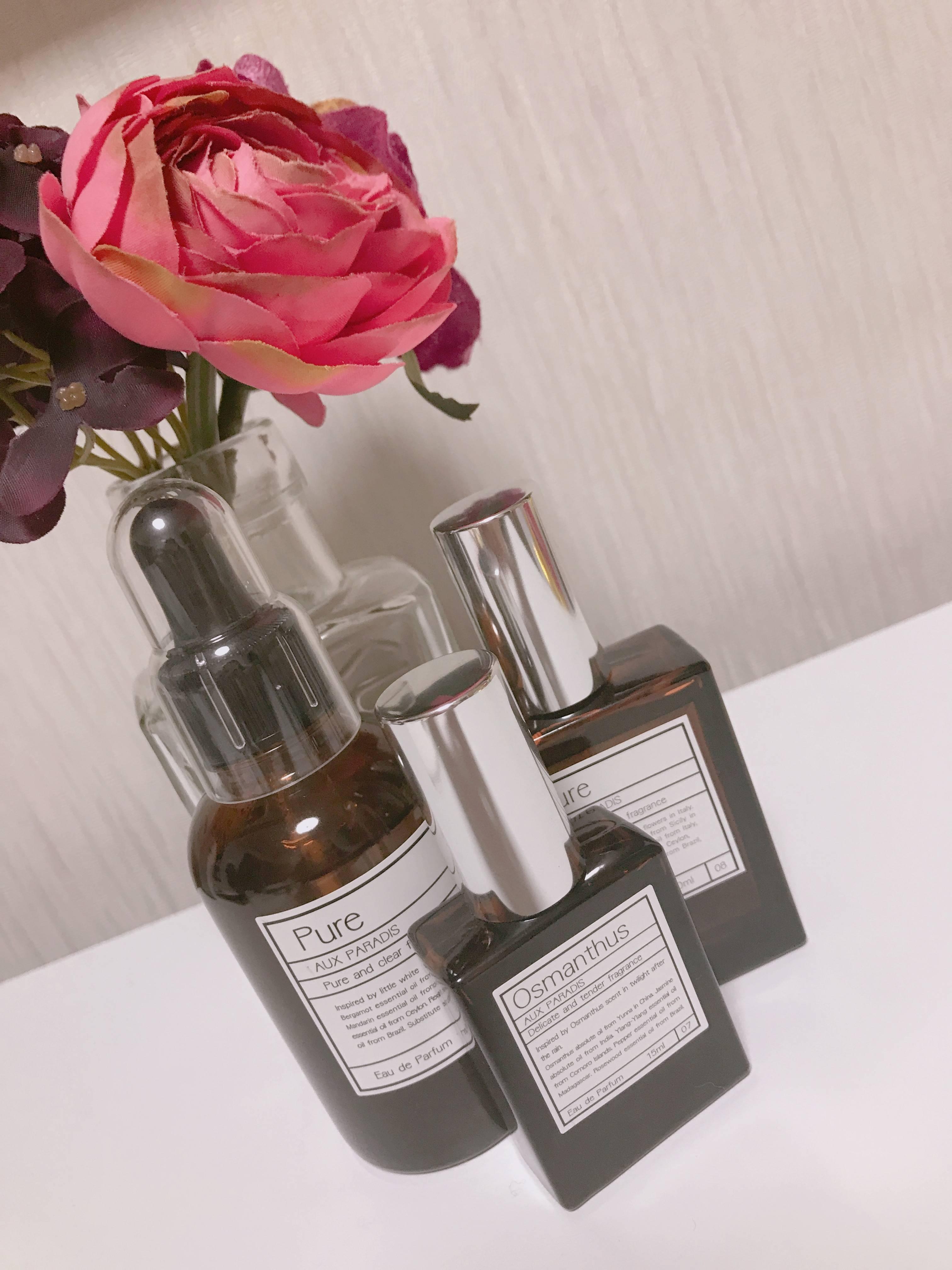 本当は秘密にしていたい大好きな香水♡_1_1