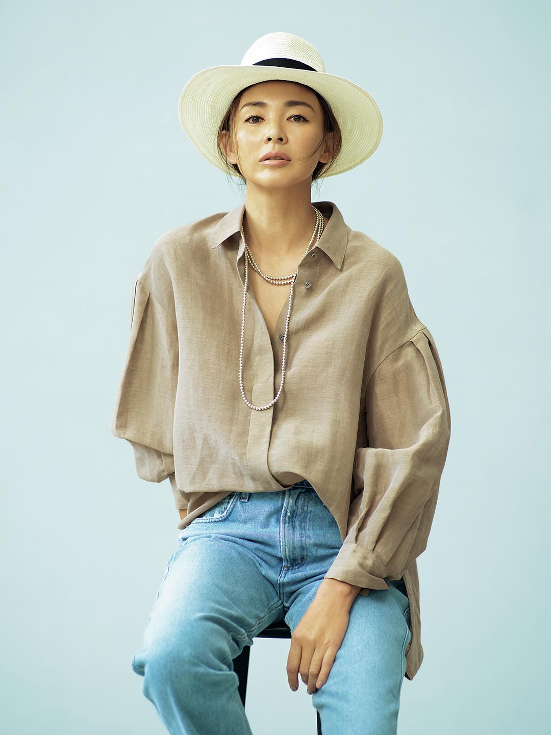 SHIHOが着るebureの自然体で着映える服_4