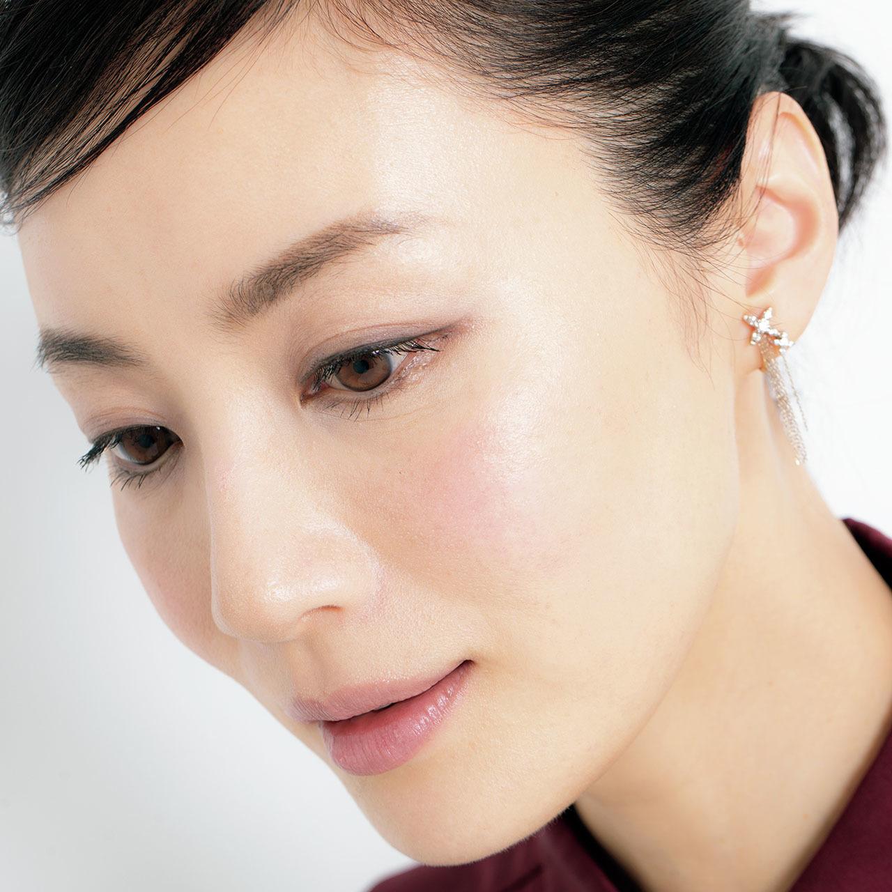 藤原美智子が指南、大人の魅力をきわだたせるメイクテクニック 五選_4_1-2