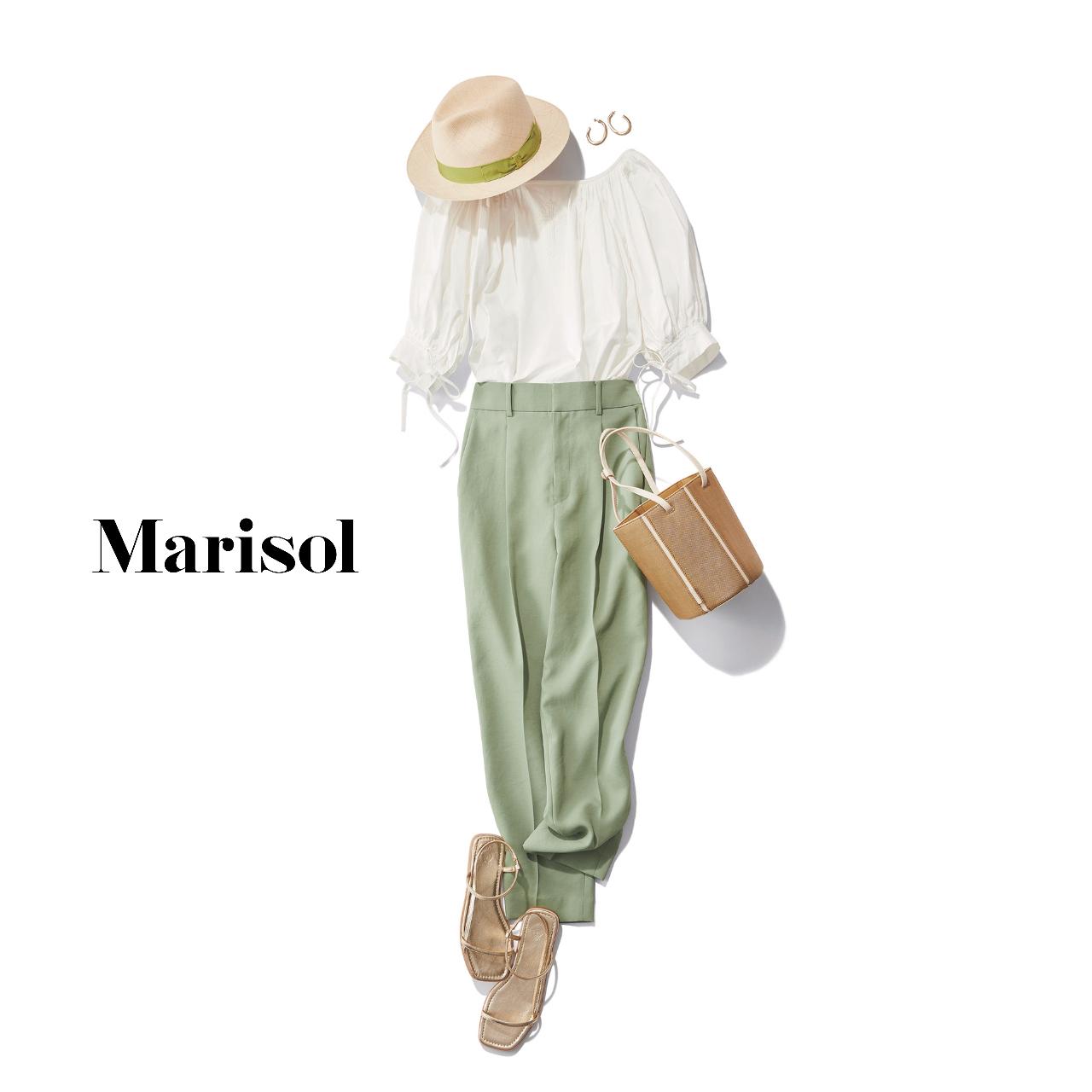 40代ファッション  白ブラウス×パステルグリーンパンツコーデ