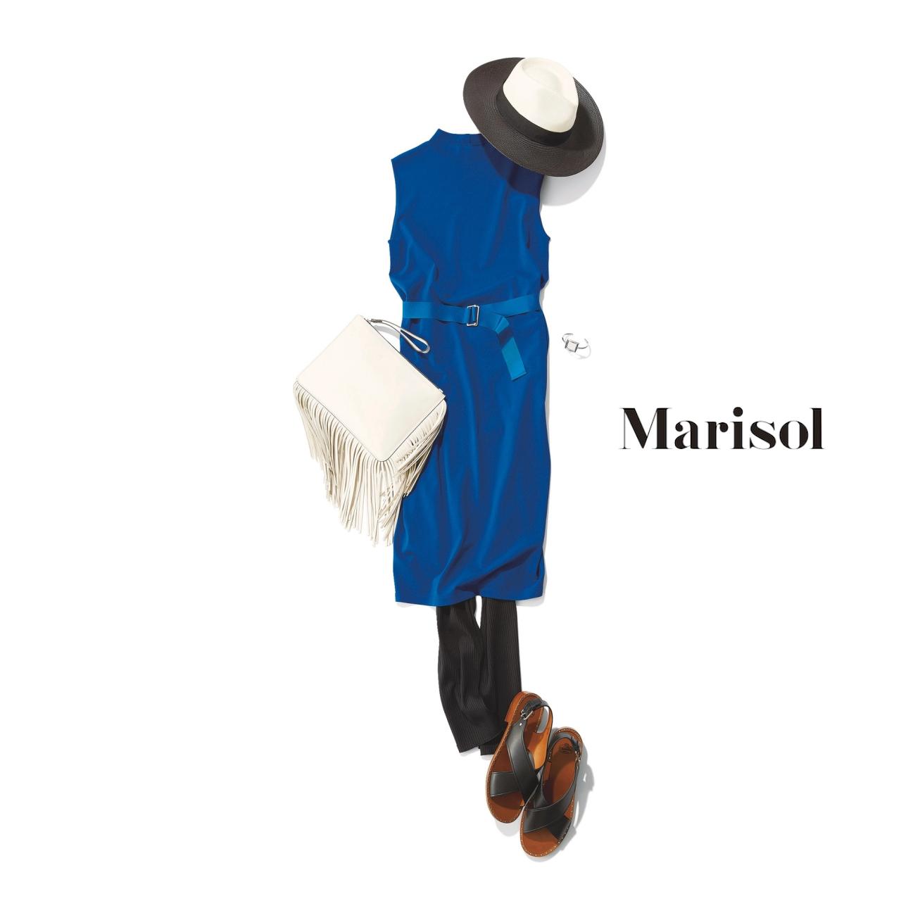 40代ファッション ブルーワンピース×レギンスパンツコーデ