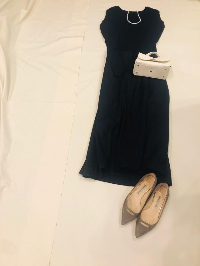 ニット:Deuxieme Classe(袖長くてツボ、イロチ買い) スカート:YLEVE 靴:PELLICO