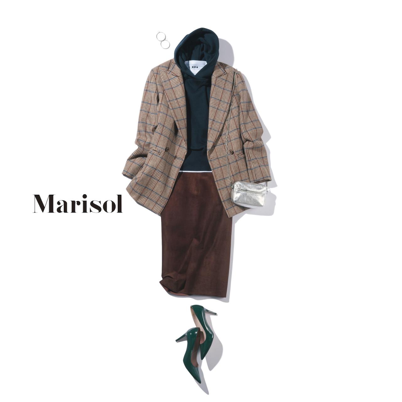 40代ファッション チェック柄ジャケット×パーカ×タイトスカートコーデ