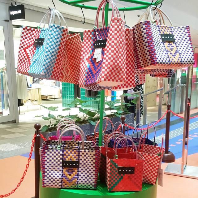MARNI STONE MARKETへ♪ピクニックバッグは秋まで使える断トツお洒落なかごバッグ_1_3-2