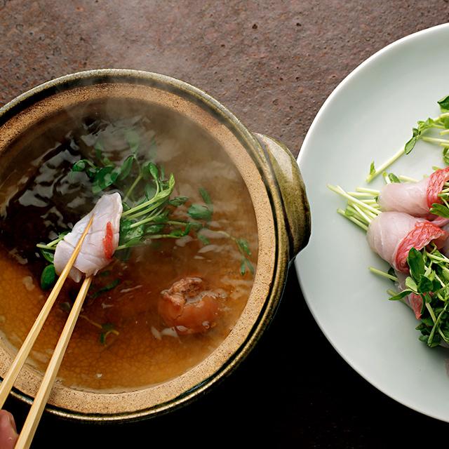 梅出汁でさっぱり食べたい「金目鯛と豆苗の鍋」