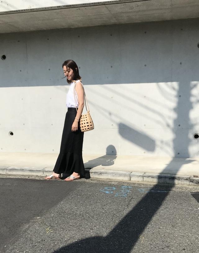 暑い夏でもやっぱり黒が着たい!今年の夏は「モノトーンコーデ」に夢中_1_2