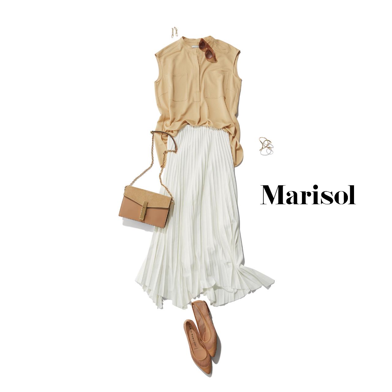 40代ファッション  ベージュブラウス×白プリーツスカートコーデ
