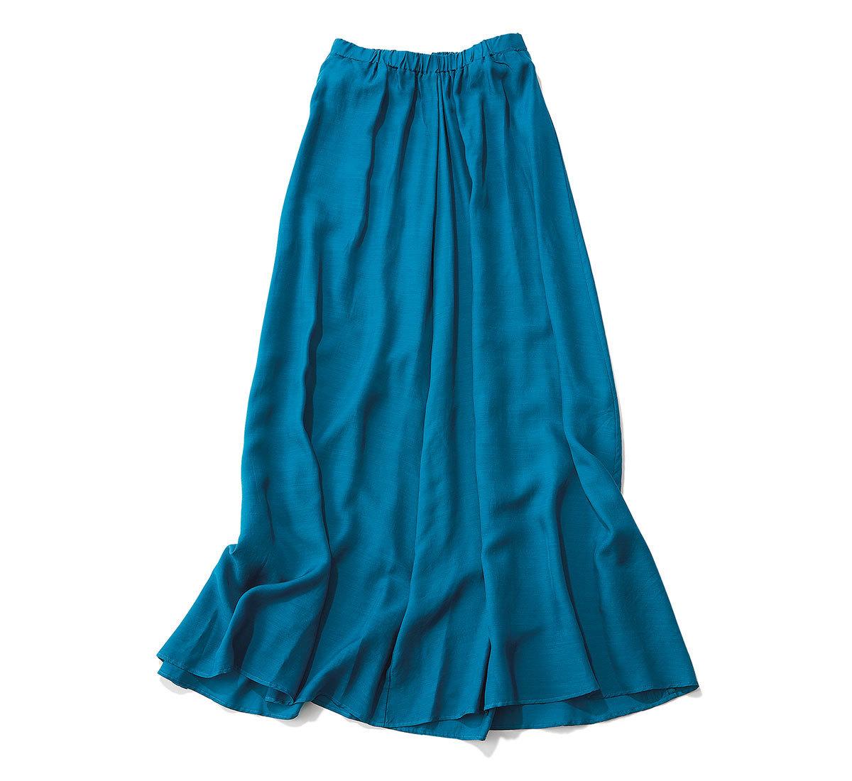 コバルトブルーのスカート