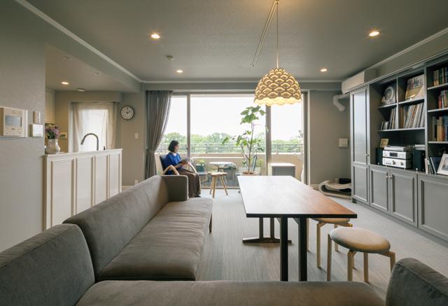 壁・天井・床・壁面収納を好きなグレーに