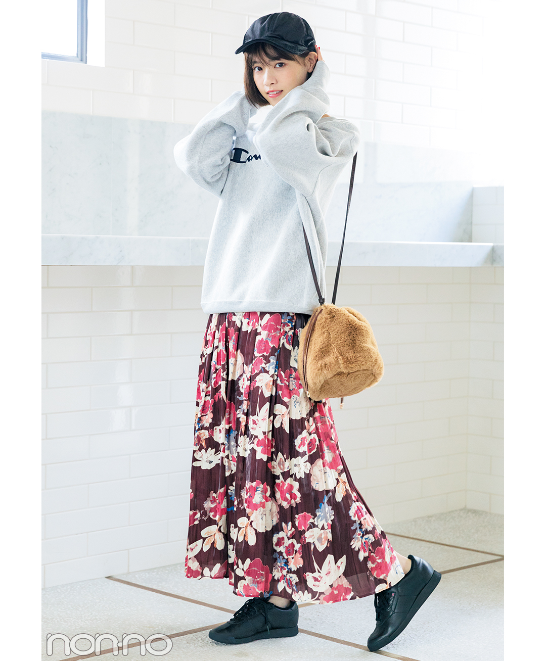 西野七瀬みたいに着こなしたい♡ スウェット+スニーカーなのに大人っぽコーデ_1_1-1